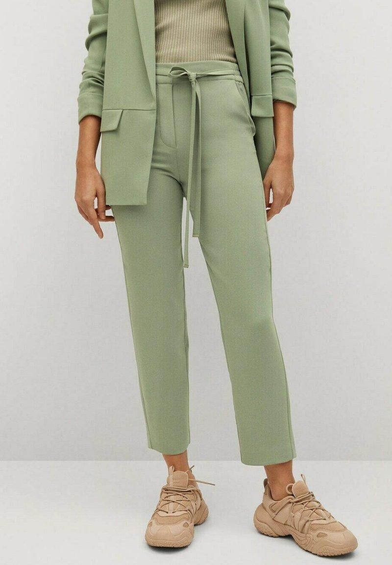 Mango - SEMIFLU - Kalhoty - vert pomme