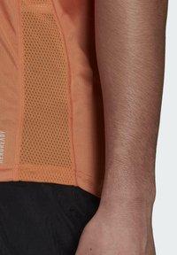 adidas Performance - OWN THE RUN PRIMEGREEN TANK RUNNING - Top - orange - 2
