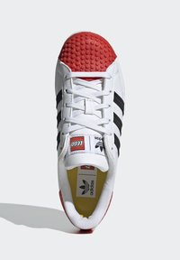 adidas Originals - ADIDAS ORIGINALS ADIDAS X LEGO - SUPERSTAR 360 - Baskets basses - white - 1