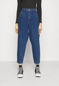 ONLY - ONLVERNA BALLOON  - Relaxed fit jeans - dark blue denim - 0
