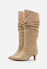 LAB - Boots - camel - 2