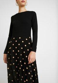 Dorothy Perkins - CAMEL SPOT MIDI - Jersey dress - black - 3