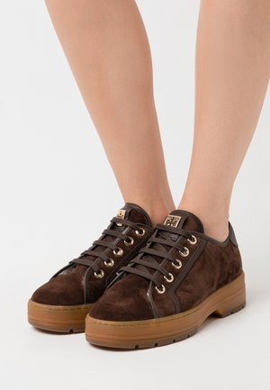 Zapatillas - dark brown