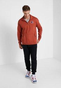 Champion - HALF ZIP - Sweatshirt - dark red - 1