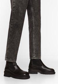 Bimba Y Lola - Classic ankle boots - black - 0
