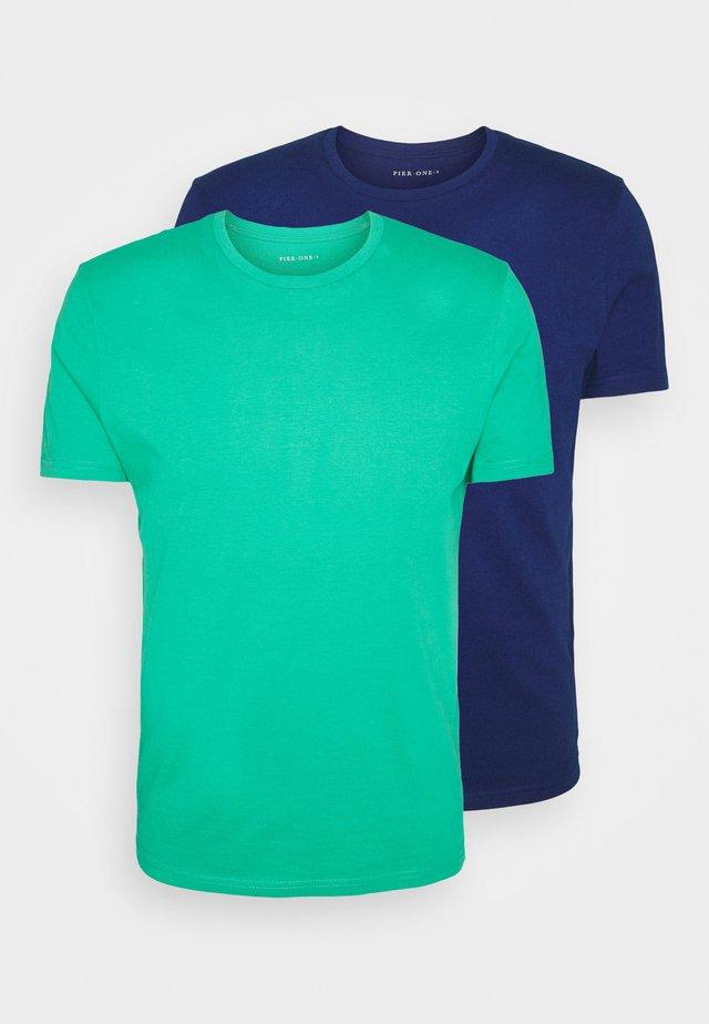 2 PACK - Basic T-shirt - green/dark blue