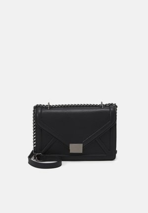 ENVELOPE BOXY XBODY BAG - Across body bag - black