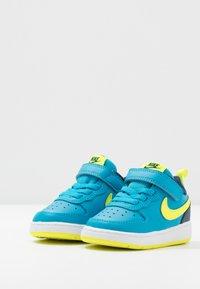 Nike Sportswear - COURT BOROUGH 2 - Matalavartiset tennarit - midnight navy/lemon/black/anthracite - 3