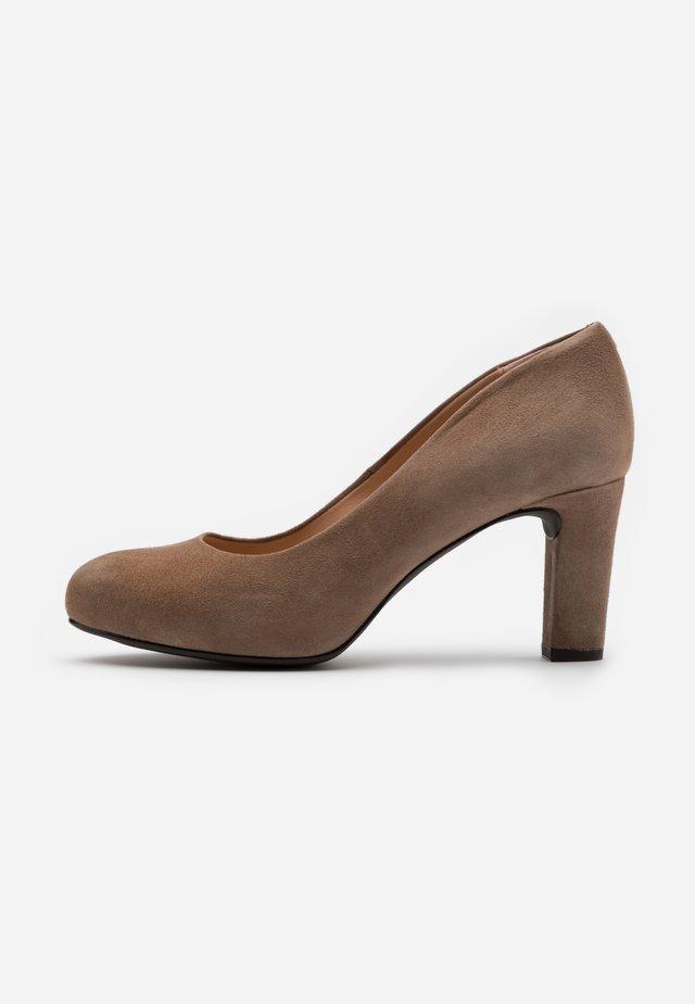 NUMIS - Zapatos de plataforma - taupe