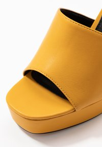 Topshop - RAFA CHUNKY PLATFORM - High heeled sandals - mustard - 2