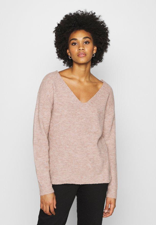 PCBABETT  - Sweter - natural