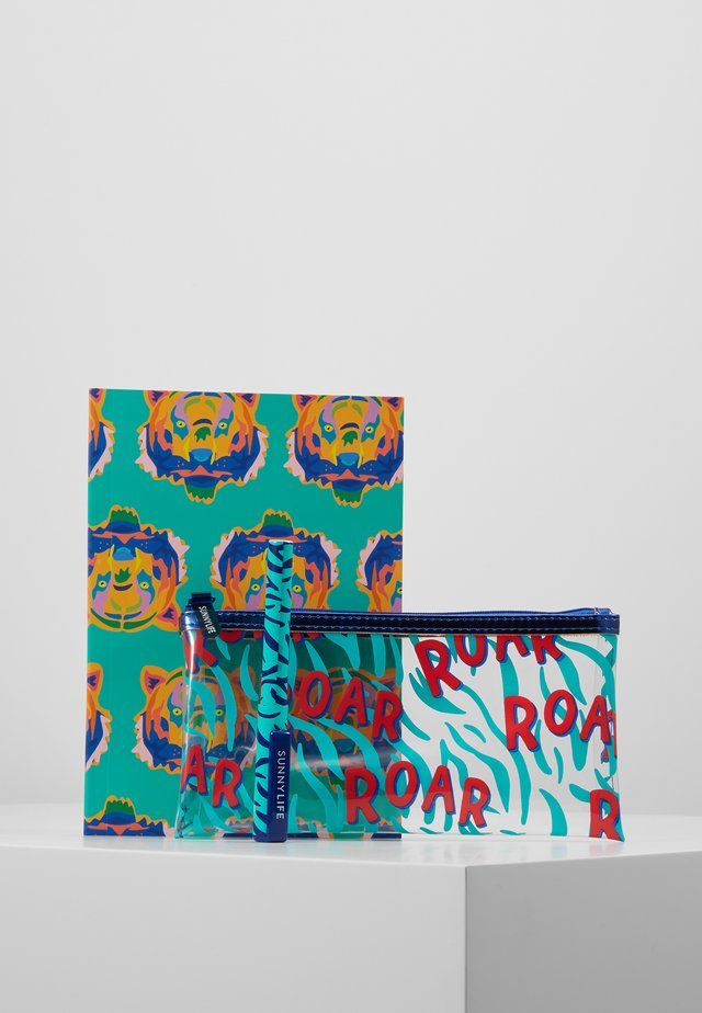 BACK TO SCHOOL KIT - Pencil case - blue