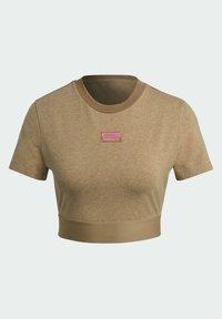 adidas Originals - CROPPED TEE - Print T-shirt - cardboard - 7