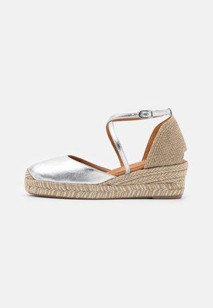 CAUDE - Platform sandals - silver
