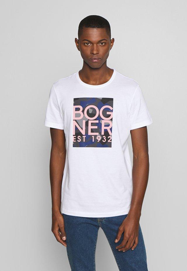 ROC - T-shirt con stampa - white