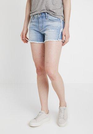 3301 FRINGE MID BOYFRIEND - Denim shorts - vintage aged destroy