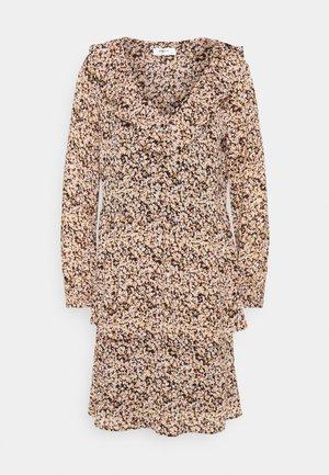 MERILA RIKKELIE DRESS  - Denní šaty - black