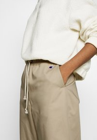 Champion Reverse Weave - LONG PANTS - Trousers - beige - 7