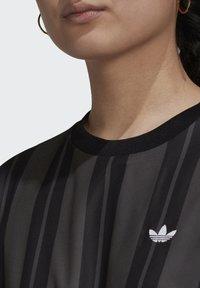 adidas Originals - Day dress - grey - 4