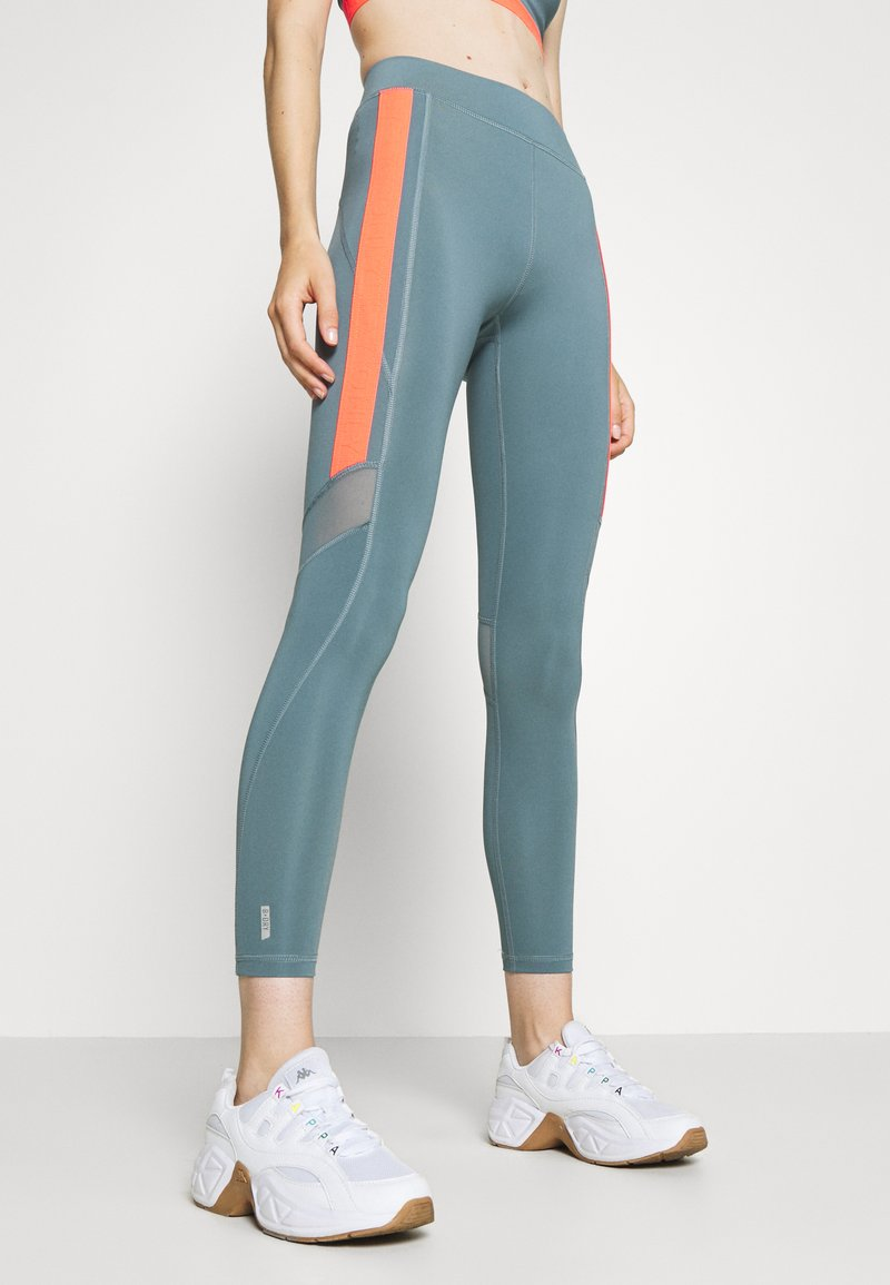 ONLY Play - ONPSULA TRAINING - Leggings - goblin blue/fiery coral