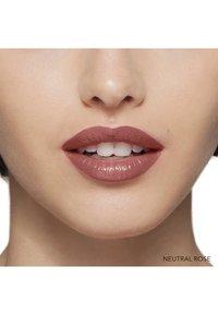 Bobbi Brown - LUXE LIP COLOR - Lipstick - neutral rose - 2