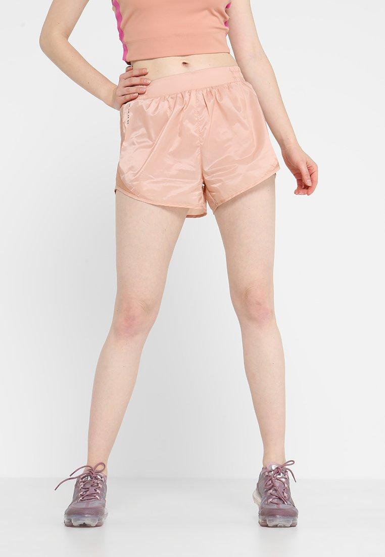 Nike Performance - TEMPO SHORT TECH PACK - Sports shorts - rose gold/reflective black