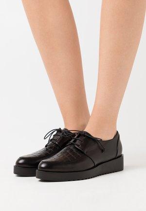 AMANDA - Šněrovací boty - black
