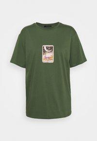 Trendyol - Print T-shirt - khaki - 3
