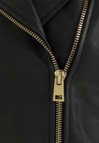 Pinko - SENSIBILE CHIODO - Leather jacket - black - 8