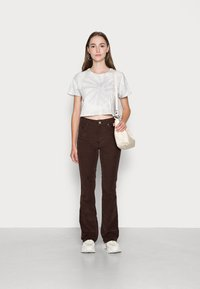 BDG Urban Outfitters - FLARE - Bukse - chocolate - 1