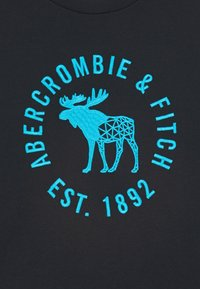 Abercrombie & Fitch - HIKE BEAST TECH LOGO  - Print T-shirt - black - 2