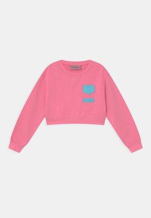 PATCH  - Mikina - sachet pink