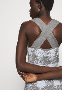 Proenza Schouler White Label - GINGHAM JACQUARD KNIT DRESS - Jumper dress - grey melange/sky - 3