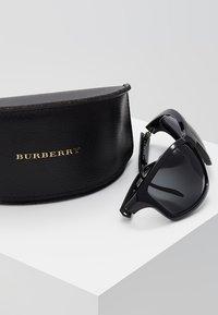 Burberry - Solbriller - black - 2