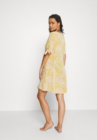 Rip Curl - GOLDEN DAYS FLORAL DRESS - Ranta-asusteet - yellow - 2