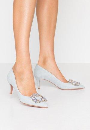 SARA - Classic heels - aura