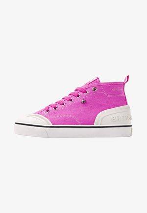 Matalavartiset tennarit - neon pink