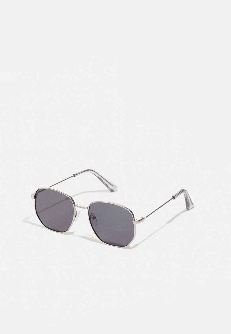 ALDO - BRAUSS - Sunglasses - silver/smoke