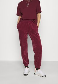 Nike Sportswear - PANT - Tracksuit bottoms - dark beetroot - 0