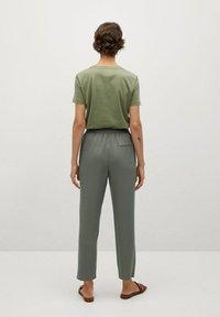 Mango - Pantalon de survêtement - khaki - 2