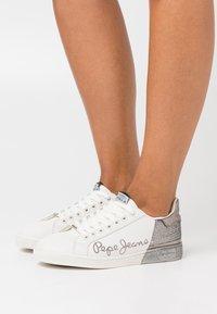 Pepe Jeans - BROMPTON DUAL - Zapatillas - chrome - 0