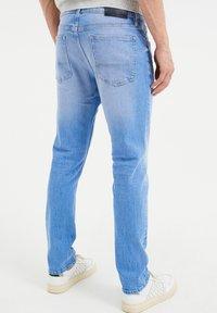 WE Fashion - COMFORT STRETCH - Slim fit jeans - blue - 2