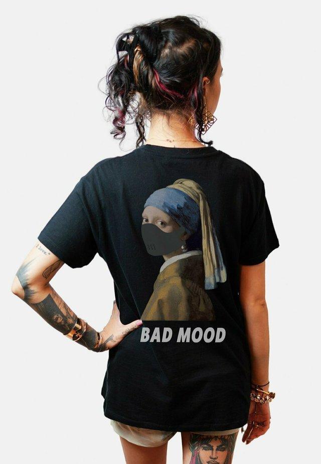 BADMOODBACK - T-shirts print - black