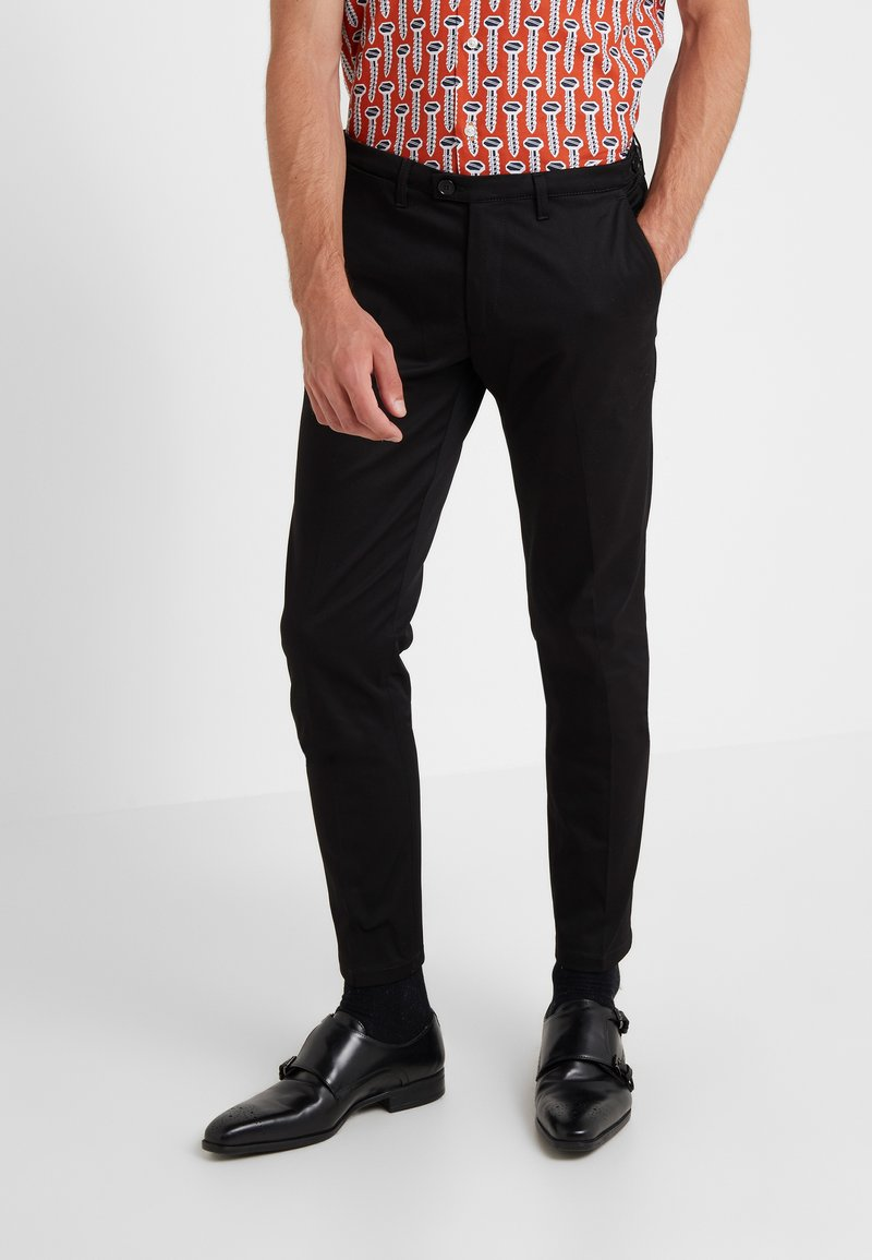 DRYKORN - KILL - Trousers - black