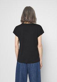 Soyaconcept - MARICA - Basic T-shirt - schwarz - 2