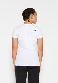 The North Face - WOMENS EASY TEE - Print T-shirt - white/black - 5