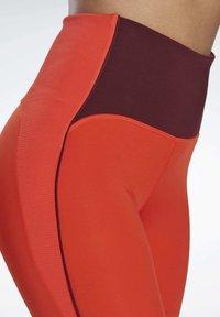 Reebok - STUDIO LUX PERFORM LEGGINGS - Legging - red - 4