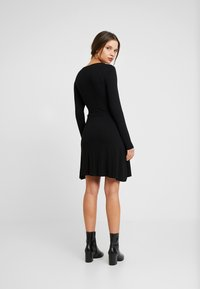 Even&Odd Petite - BASIC DAY DRESS - Day dress - black - 2