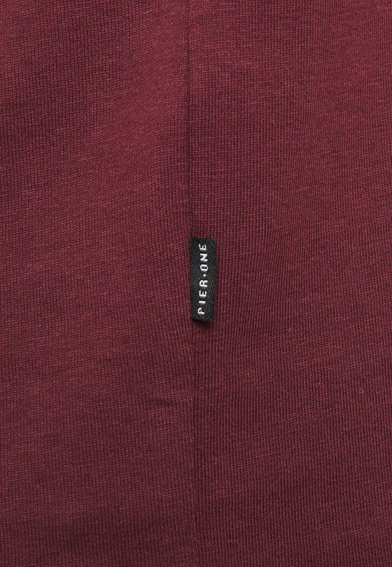 Pier One T-Shirt basic - bordeaux v20ocp