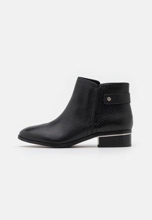 JERAELLE - Ankle boots - black